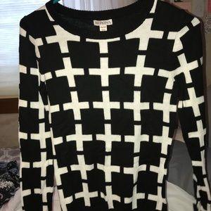 aXS target sweater